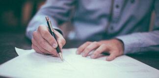 Co powinna zawierać umowa franczyzy